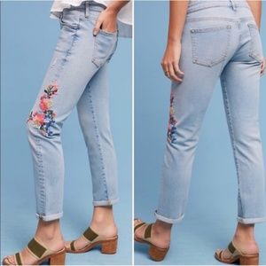 Anthro Pilcro Letterpress Embroidered Floral Jeans